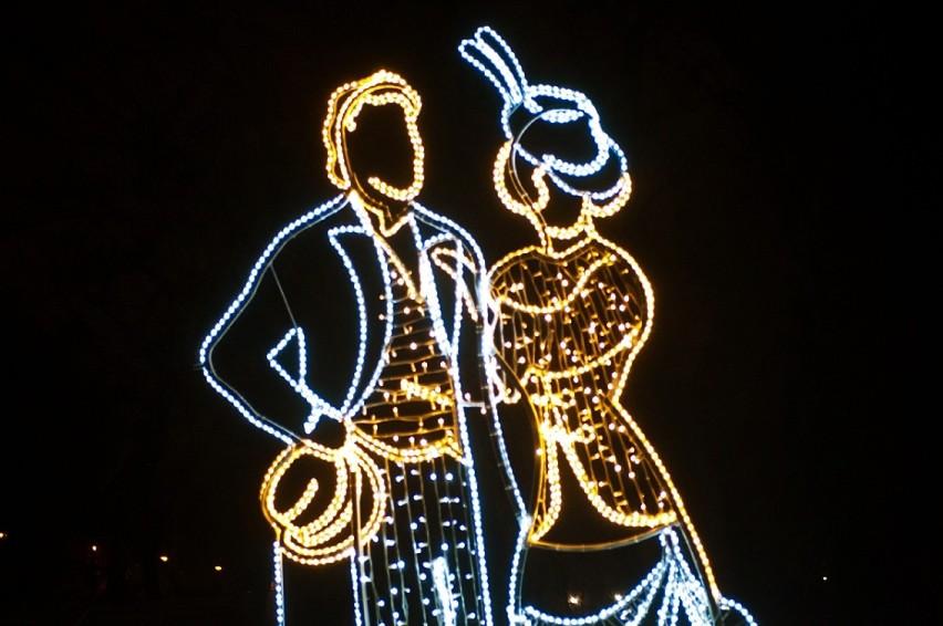 Iluminacja świąteczna łazienki Królewskie Zobacz Zdjęcia