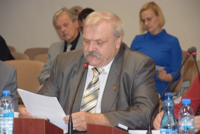"""Przewodniczący klubu """"Radni - mieszkańcom"""" Zdzisław Grzeca: - Chcemy być bardziej słyszalni w radzie"""