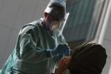 Pandemiczny czarny rynek. W Internecie kwitnie nielegalny handel testami na koronawirusa
