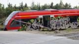 """Wrak pociągu z wypadku w Kołbaskowie zostanie wkrótce przetransportowany. Wiemy kiedy i jak """"pojedzie"""" do Niemiec [ZDJĘCIA]"""