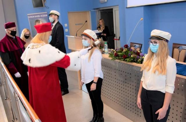 W nowym roku akademickim w murach Małopolskiej Uczelni Państwowej w Oświęcimiu studia na I roku podjęło 945 studentów. To rekordowe zainteresowanie w historii uczelni