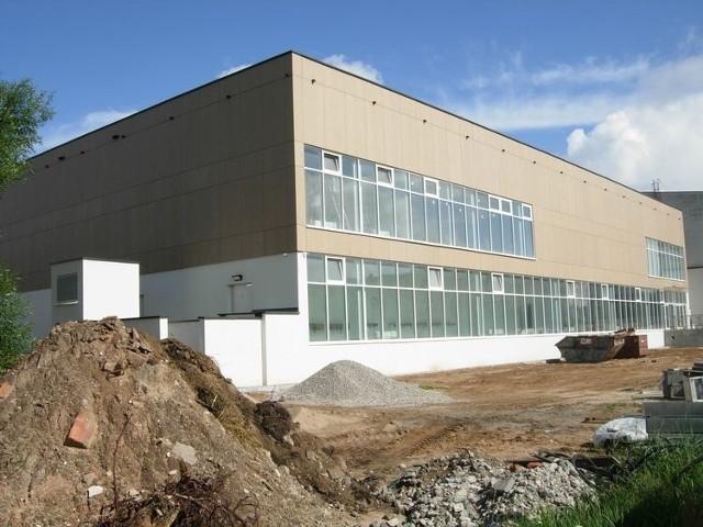 Bydgoski ratusz informuje o postępach prac na budowie basenu na osiedlu Tatrzańskim w Fordonie. Sprawdzamy, kiedy będzie można korzystać z pływalni.