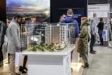 Kupno mieszkania 2020. Co trzeci Polak planujący kupno mieszkania w tym roku zrezygnował z inwestycji. Dlaczego? [25.09.2020]