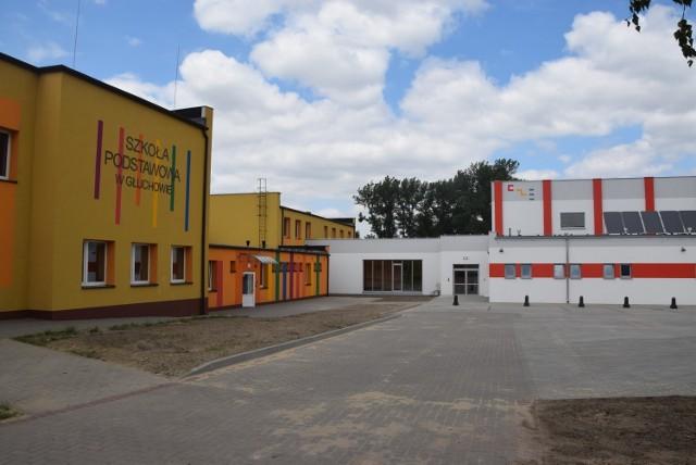 CUW poprowadzi sprawy księgowo kadrowe SP w Głuchowie, SP w Czempiniu i przedszkola samorządowego. (na zdjęciu SP Głuchowo)