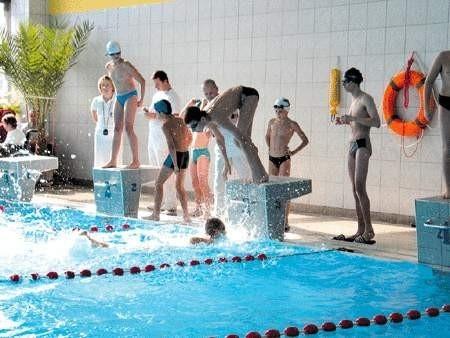 Pływackie boje udowodniły, że osoby niepełnosprawne i zdrowe mają podobne szanse.