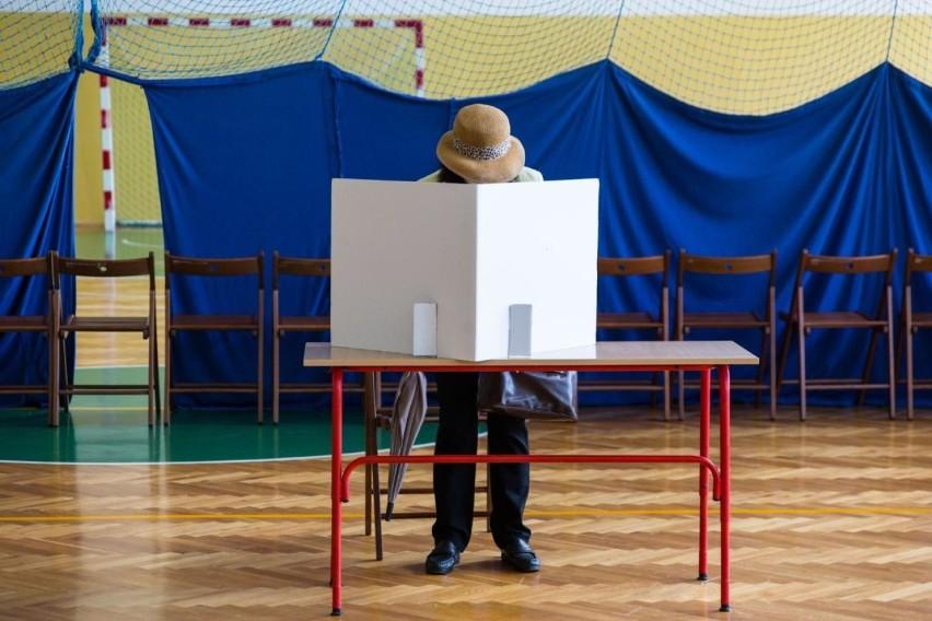 Wyniki wyborów prezydenckich 2020 w gminie Nowogród. Jak głosowali mieszkańcy w 2. turze?