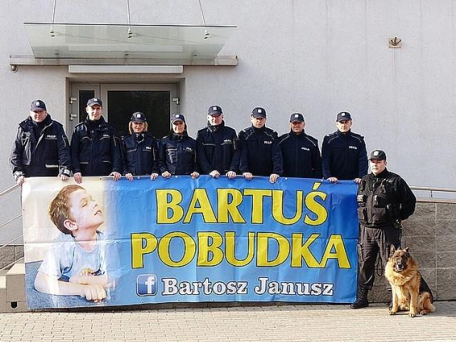 Policjanci pomogli dla chłopca w śpiączce