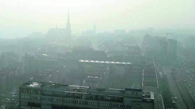 Prognozowana chmura zanieczyszczeń nad Szczecinem. Jakość powietrza w naszym mieście jest dobra, ale trzeba śledzić wskaźniki