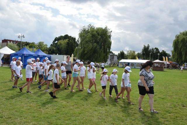 Gmina Zbąszyń po raz kolejny zorganizowała dla dzieci w wieku od 6 do 12 lat, półkolonie letnie w mieście nad jeziorem. II ternus zorganizowao w dniach 29-30 lipca, 2- 4 sierpnia