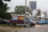 Dramatyczne zdarzenie we Wrocławiu. Kobieta podpaliła się na pętli tramwajowej. Zobacz zdjęcia z miejsca tragedii
