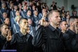 Ślubowanie nowych policjantów i policjantek. Pełnych wiary i nadziei [ZDJĘCIA]