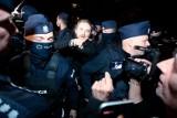 Dobromir Sośnierz zaatakowany przed Sejmem. Premier zabrał głos: Cała klasa polityczna powinna potępić takie zachowanie