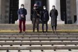 Smog w Warszawie. Aktywiści żądają zakazu palenia węglem i drewnem w stolicy. ''Mamy prawo do czystego powietrza!'