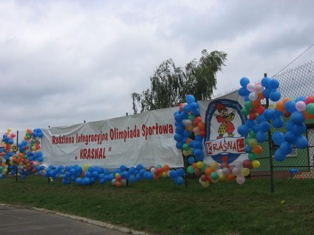 VIII Rodzinną Integracyjną Olimpiadę Sportową Krasnal... Fot. Ewa Krzysiak