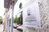 Warszawa obchodziła setne urodziny Julii Hartwig. W Śródmieściu odsłonięto tablicę pamiątkową