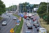 Kolejne utrudnienia w alei Jana Pawła II w Częstochowie (DK 46). Od 15 lipca zmiany w organizacji ruchu na skrzyżowaniu z aleją AK