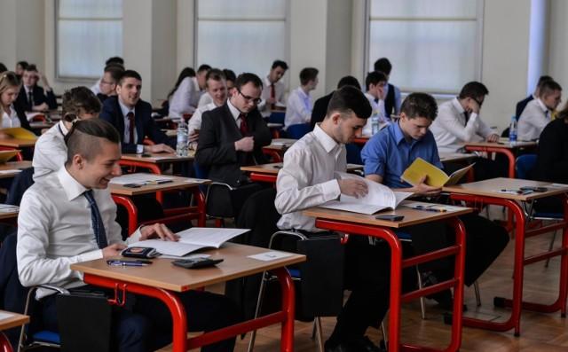 Matura 2019. Polski, matematyka, język obcy