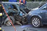 Wypadek na ul. Łyskowskiego w Grudziądzu. Jedna osoba trafiła do szpitala [wideo, zdjęcia]