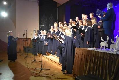 """Za nami koncert """"Kolęd i nie tylko"""". Na scenie Camerata i przyjaciele"""