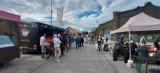 Food Trucki znów przyjechały do Dąbrowy Górniczej. Food Fest w Fabryce Pełnej Życia. Było smacznie, a pogoda dopisała