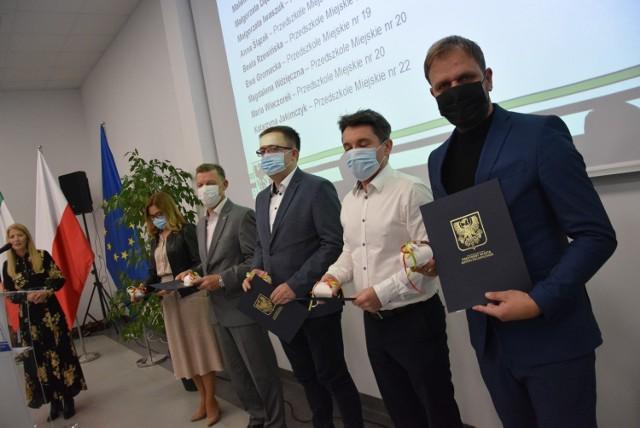 Nagrody powędrowały do 76 gorzowskich nauczycieli.
