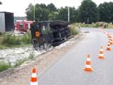 Wypadek amerykańskiego konwoju pod Bydgoszczą. Cysterna z paliwem lotniczym wjechała do rowu
