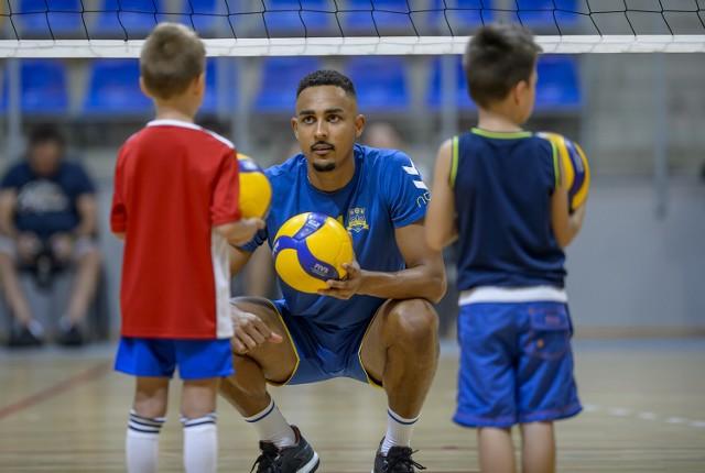 Zawodnicy Stali Nysa ćwiczyli ze swoimi najmłodszymi fanami.