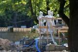 Park Śląski: Trwa remont Kręgów Tanecznych - ZDJĘCIA. To jeden z pierwszych obiektów Parku Śląskiego