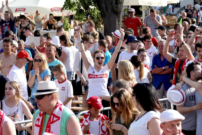 78ec3201f Strefa kibica w Szczecinie pomieści 1000 osób i będzie znajdowała się przed  Netto Areną. Piłkarski Mundial w Rosji rozpocznie się 14 czerwca.