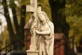 Najpiękniejsze nekropolie w Wielkopolsce: Cmentarz parafialny w Grodzisku Wielkopolskim [ZDJĘCIA]