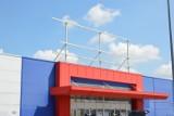 TESCO w Skierniewicach pustoszeje. W miejscu marketu na Widoku ma powstać park handlowy