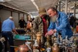 Wrześniowy Bazar na Tarnowskiej Starówce. Sąsiedzka wyprzedaż na Burku to znakomita okazja, by za grosze upolować prawdziwe rarytasy ZDJĘCIA