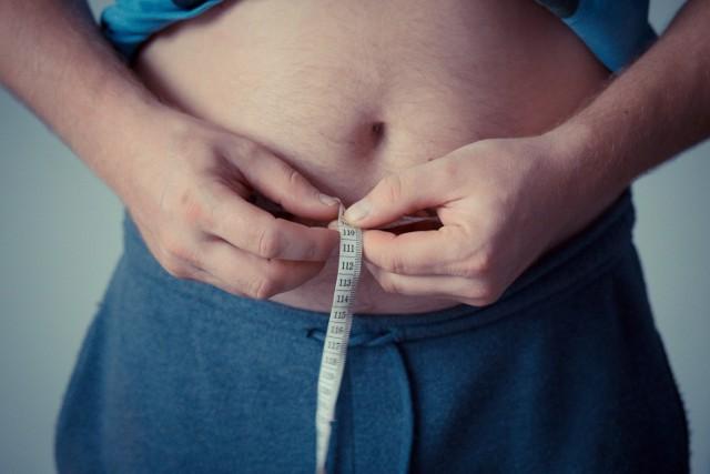 Otyłość i cukrzyca powodują cięższy przebieg COVID-19.