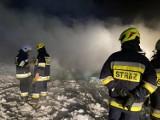 Pożar stodoły w Zdrochcu. W akcji kilka zastępów straży pożarnej