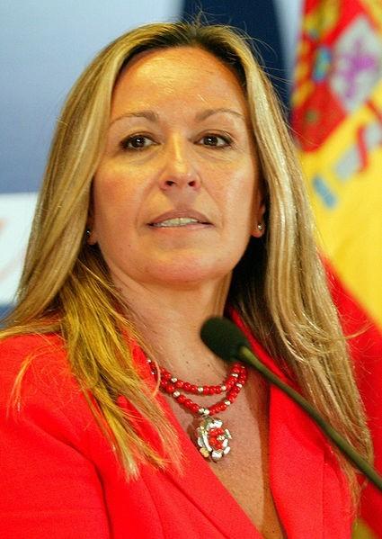 Trinidad Jiménez García-Herrera, 49 lat, HiszpaniaHiszpańska minister zdrowia i opieki społecznej w latach 2009-2010. oraz minister spraw zagranicznych od 20 października 2010 do grudnia 2011 roku.