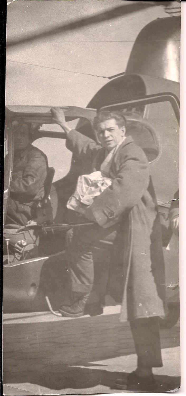 """Podpis Bogdan Lembrych, pierwszy """"pistolet"""" Kuriera z lat 50."""
