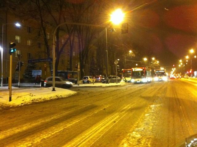 Lublin: Kolizja autobusu z samochodem