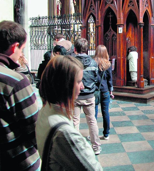 Spowiedź w okresie Wielkiej Nocy jest dla katolików obowiązkiem