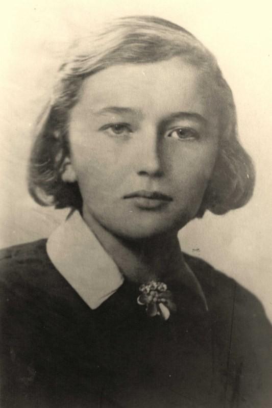 Młoda poetka Irena Bronisława Bobowska została ścięta w Berlinie pod zarzutem działalności konspiracyjnej