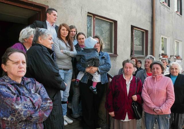 50 lokatorów mieszkań w dzielnicy Niwka drży teraz o swoją przyszłość. Niestety zaufali przedstawicielom właściciela