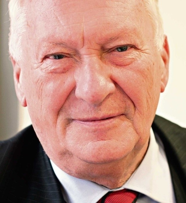 Prof. Brunon Hołyst