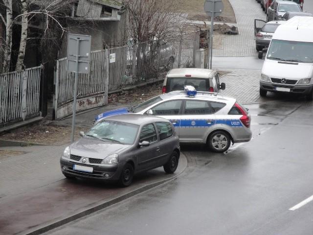 Przykłady nieprawidłowych zachowań policji i straży miejskiej przesłane nam przez Czytelników