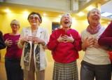 Aktywni 50+: Targi dla seniorów. Terapia śmiechem [ZDJĘCIA, FILM]