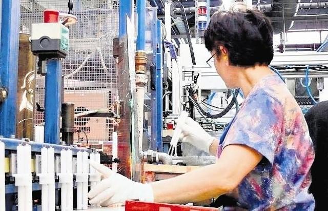 Po sezonie spada liczba zatrudnianych pracowników w Philipsie, ale na razie nie wiadomo, czy będą zatrudniani nowi w związku z rozpoczęciem produkcji sterowników do LED-ów.