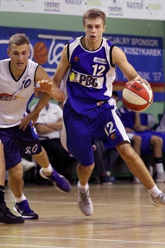Mikołaj Stopierzyński, czołowy strzelec PBG Basket Junior Poznań
