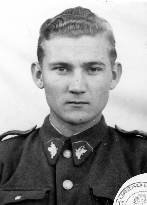 Stanisław Kłys rozpoczął służbę w UB w 1954 roku