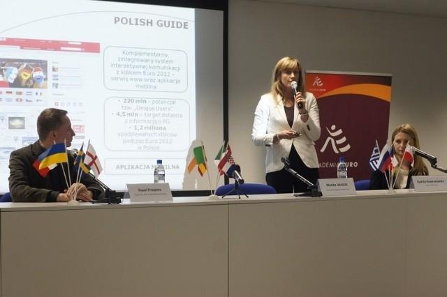 Spółka PL.2012 prezentuje efekty szkoleń w ramach Akademii Euro.