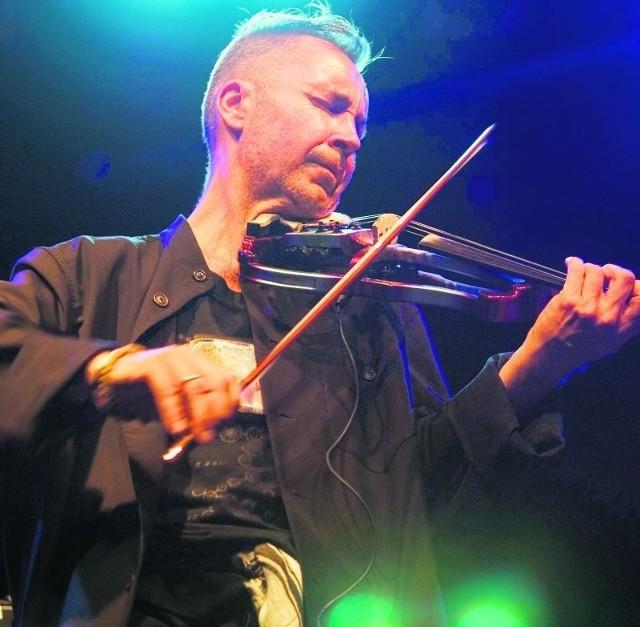Brytyjski skrzypek wystąpi z polskimi muzykami