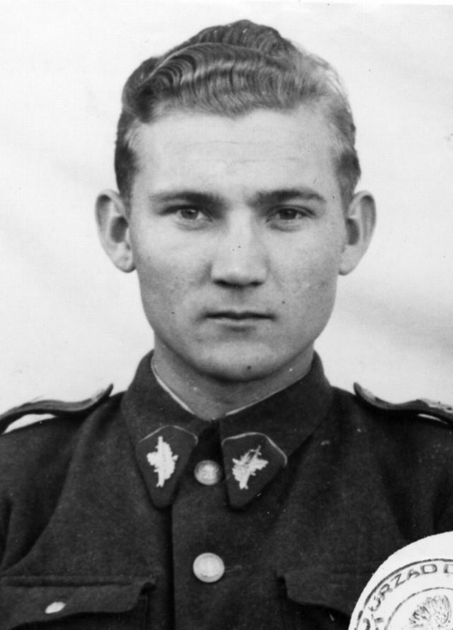 Stanisław Kłys w mundurze Urzędu Bezpieczeństwa
