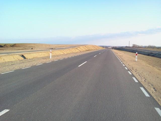Jak na razie obwodnica przypomina drogę przez pustynię